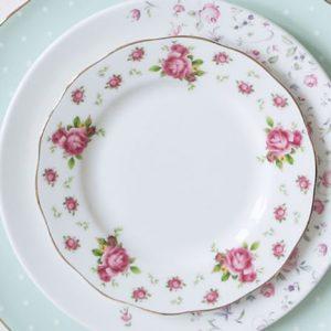 Plates (Тарелки)