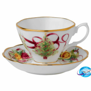 royal-albert-old-country-roses-christmas-teacup-saucer-652383741492
