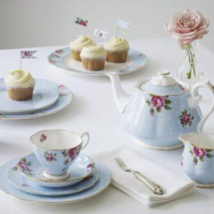 polka_blue_cupcake_ls_2